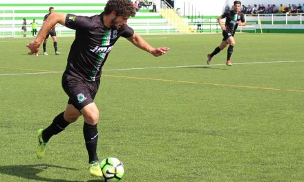 S. Martinho vence e alimenta sonho pelo play-off de subida