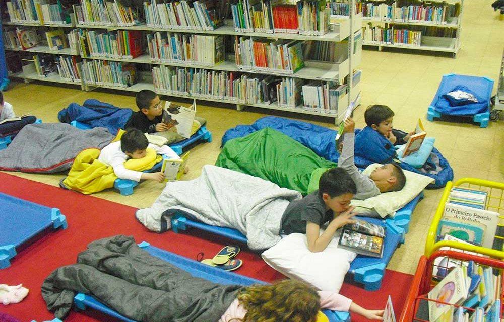 Sexta à noite é para dormir na Biblioteca