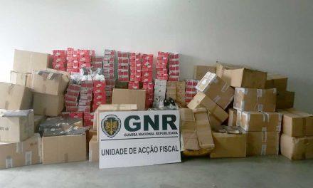 Apreensão de 100 mil euros em vestuário contrafeito em loja de Famalicão