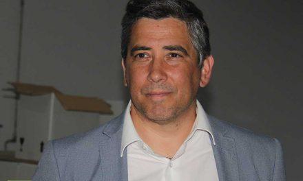 """Alberto Costa assume presidência da Câmara de Santo Tirso """"totalmente empenhado e motivado para cumprir os objetivos para os quais este executivo foi eleito"""""""