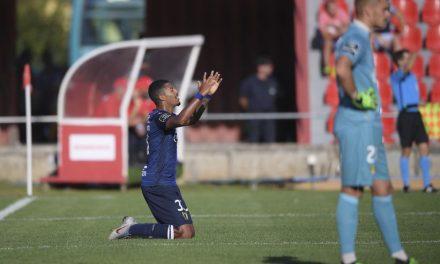 Famalicão vence nas Aves e assume liderança provisória da I Liga de futebol (c/video)