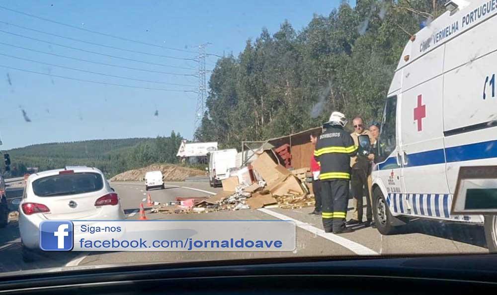 Colisão entre camiões e automóvel causa caos no trânsito da A3