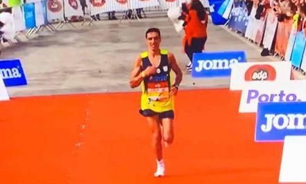 Carlos Costa do S.Salvador do Campo foi o melhor português na Maratona do Porto