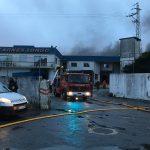 Video – Incêndio consome fábrica de carnes em Vila Nova de Famalicão