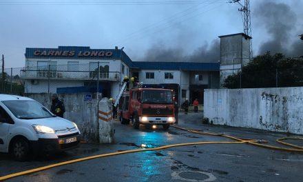 Incêndio em industria de Carnes em Vila Nova de Famalicão