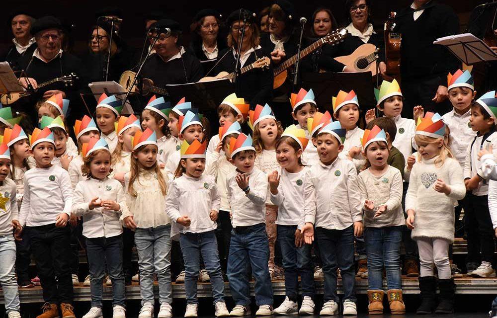 Dia de Reis celebrado com alegria por crianças e seniores famalicenses