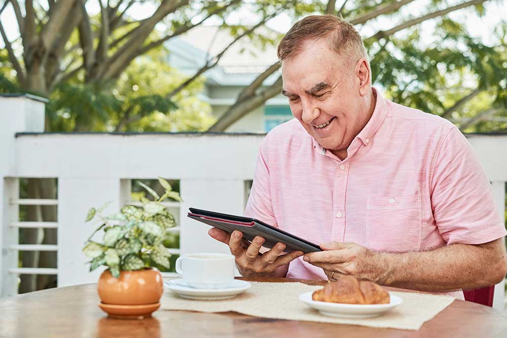 senior_tablet_tecnologias